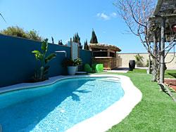 Casita los pareja el plamar casa rural y apartamentos for Oferta alquiler casa piscina agosto